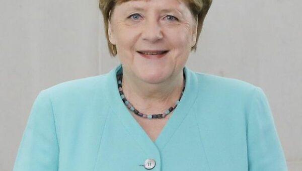 Ade, Frau Merkel